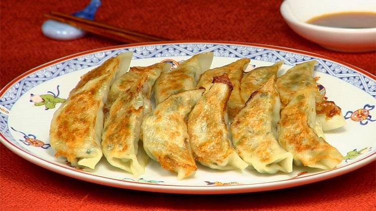 Gyoza, Sumber : cookingwithdog.com