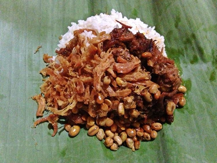 Nasi puyung, Sumber : ksmtour.com